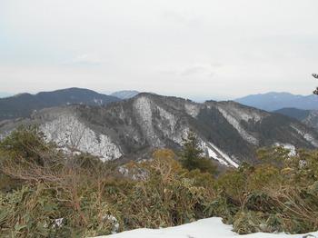 s_(21)_DSCN0708_平家ヶ岳山頂よりおそらく岩国市方面を望む.JPG