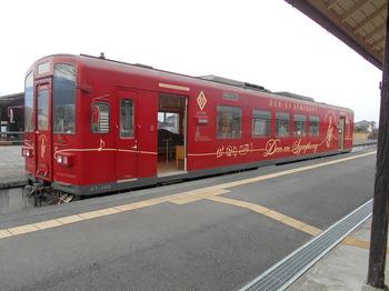 s_10-DSCN0739-くま川鉄道の列車.jpg