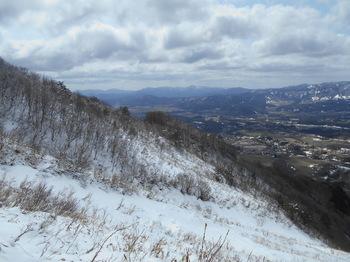 s_DSCN0775_上蒜山稜線上より山肌.jpg